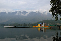 golden triangle dal lake kashmir