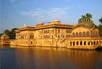 golden triangle tour bharatpur rajasthan
