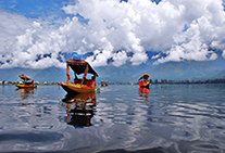 golden triangle tour kashmir